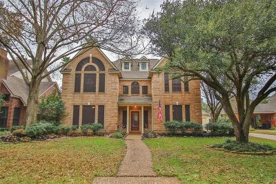 Houston Single Family Home For Sale: 5023 Walnut Cove Drive