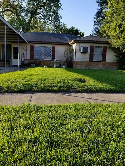 Pasadena Single Family Home For Sale: 515 N Burke Road