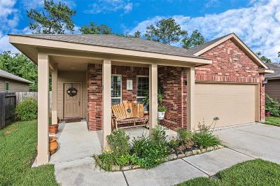 Conroe Single Family Home For Sale: 9443 E Woodmark