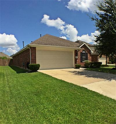 Humble Single Family Home For Sale: 8827 Old Maple Lane