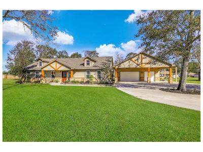 Baytown Single Family Home For Sale: 1515 Magnolia Bnd