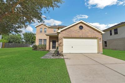 Pearland Single Family Home For Sale: 2801 Waterside Trail
