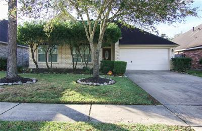 Pearland Single Family Home For Sale: 3526 Glenhill Drive
