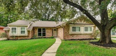 Houston Single Family Home For Sale: 5914 Lattimer Drive