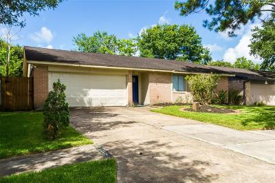 League City Single Family Home For Sale: 6223 Brookdale Drive