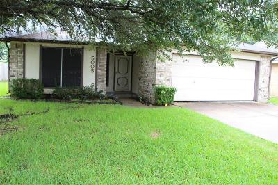 La Porte Single Family Home For Sale: 5005 Meadow Crest Street