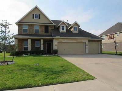 Baytown Single Family Home For Sale: 4003 Longwood Drive