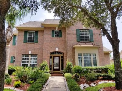 Friendswood Single Family Home For Sale: 3120 Autumn Leaf Drive