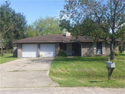 Highlands Single Family Home For Sale: 8510 Bluebonnet Street