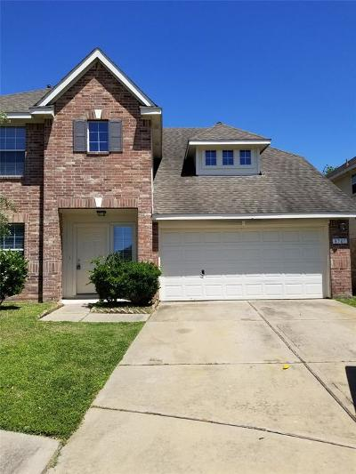 Houston Single Family Home For Sale: 8707 Shady Green Meadows