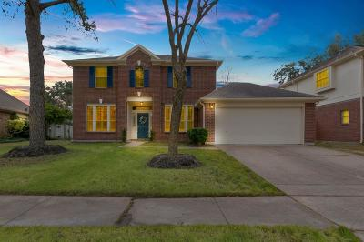 Friendswood Single Family Home For Sale: 4811 Red Lantern Drive