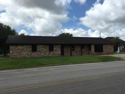 Bay City TX Single Family Home For Sale: $94,900