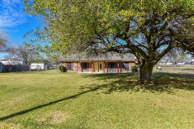 Pearland Single Family Home For Sale: 3429 Keis Road