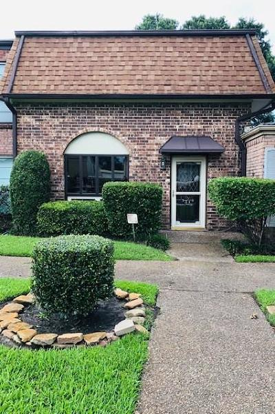 Baytown Condo/Townhouse For Sale: 1310 Town Circle