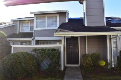 Houston Condo/Townhouse For Sale: 12248 Bob White Drive #122