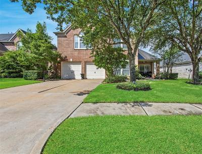Cypress Single Family Home For Sale: 15839 Cypress Hall Drive