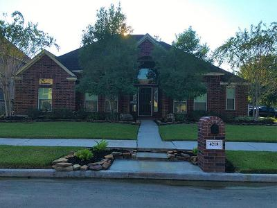 Baytown Single Family Home For Sale: 4215 Carlisle Court