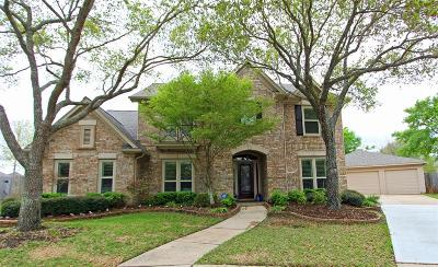 Sugar Land Single Family Home For Sale: 1922 Chatham Trails Court