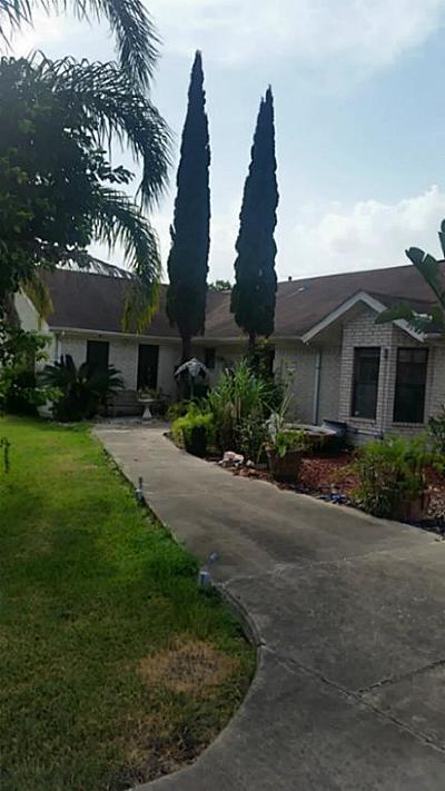 La Porte Single Family Home For Sale: 11607 Flintlock Road
