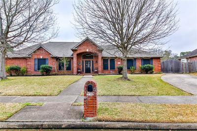 La Porte Single Family Home For Sale: 3422 Bayou Forest Drive