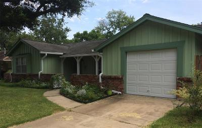 Houston Single Family Home For Sale: 6813 Carvel Lane