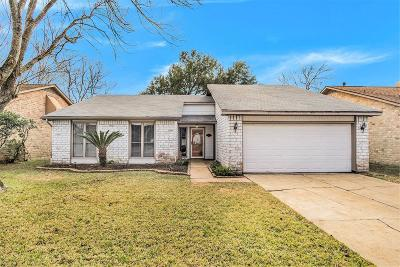 Sugar Land Single Family Home For Sale: 3034 Wagon Trail Drive