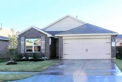 Single Family Home For Sale: 15454 Refugio Verde Way