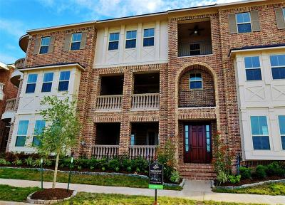 Sugar Land Condo/Townhouse For Sale: 131 Grace Point