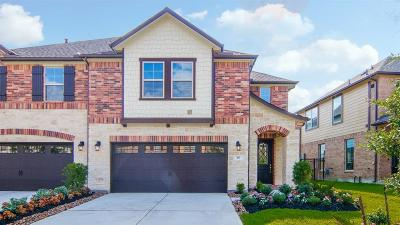 The Woodlands Condo/Townhouse For Sale: 15 Ancestry Stone Place