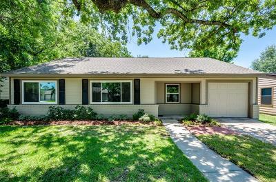 Oak Forest Single Family Home For Sale: 1855 Nina Lee Lane