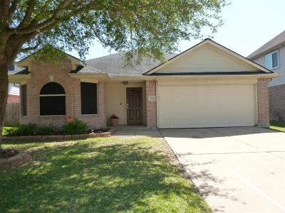 La Porte Single Family Home For Sale: 3621 Choctaw Drive