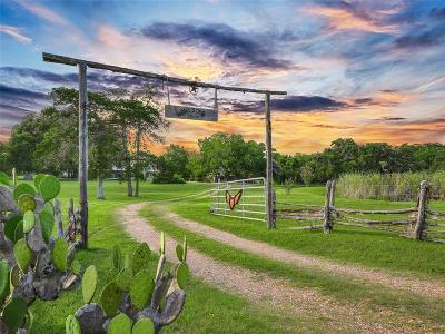 Fayette County Farm & Ranch For Sale: 2218 Hartfield Road
