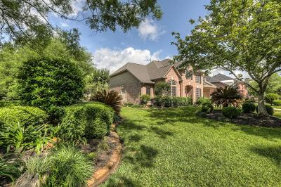 Kingwood Single Family Home For Sale: 5903 Riverchase Trail