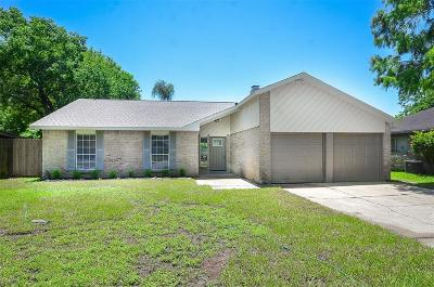 Sugar Land Single Family Home For Sale: 13511 Knottinghill Drive