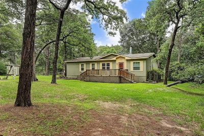 New Ulm Country Home/Acreage For Sale: 1219 Oak Crest Drive