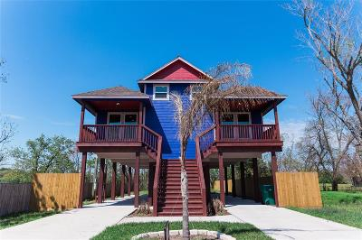 Kemah Multi Family Home For Sale: 223 W 5th Street