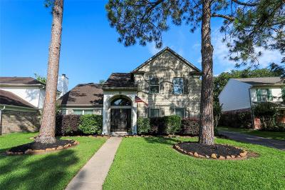 Houston Single Family Home For Sale: 8331 Maple Acres Drive