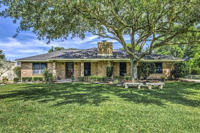 Pasadena Single Family Home For Sale: 5221 Anthony Lane