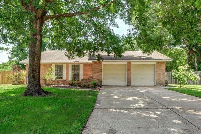 Harris County Single Family Home For Sale: 9203 Loren Lane