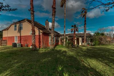 Sugar Land, Sugar Land East, Sugarland Single Family Home For Sale: 1702 Wind Trace Cove