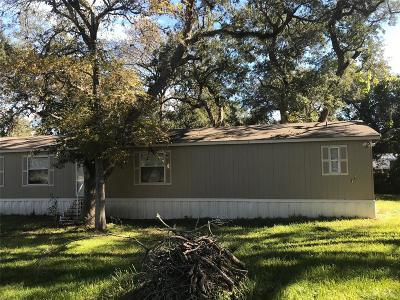 Palacios Single Family Home For Sale: 17 Cutter Drive