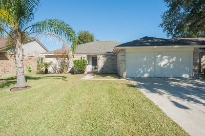 Friendswood Single Family Home For Sale: 16723 Frigate Drive
