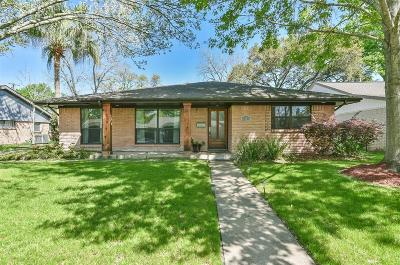 Harris County Single Family Home For Sale: 5818 Belrose Drive