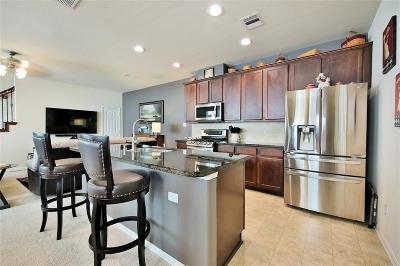 Pasadena Condo/Townhouse For Sale: 6416 Stoney Creek Drive