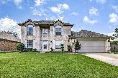 La Porte Single Family Home For Sale: 1133 Glenmeadows Drive