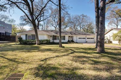 Hedwig Village Single Family Home For Sale: 849 Pecanwood Lane