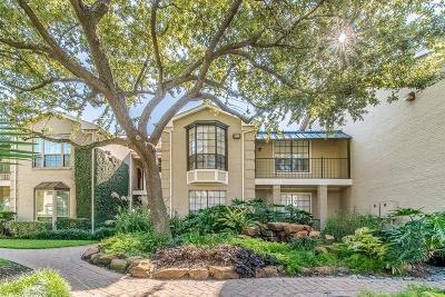 Houston Condo/Townhouse For Sale: 2700 Revere Street #128
