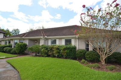 Sugar land Single Family Home For Sale: 2423 Hodges Bend Circle