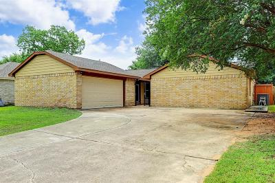 Houston Single Family Home For Sale: 13407 Oak Ledge Drive