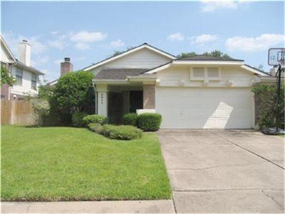 Sugar Land Single Family Home For Sale: 3311 Larkwood Lane